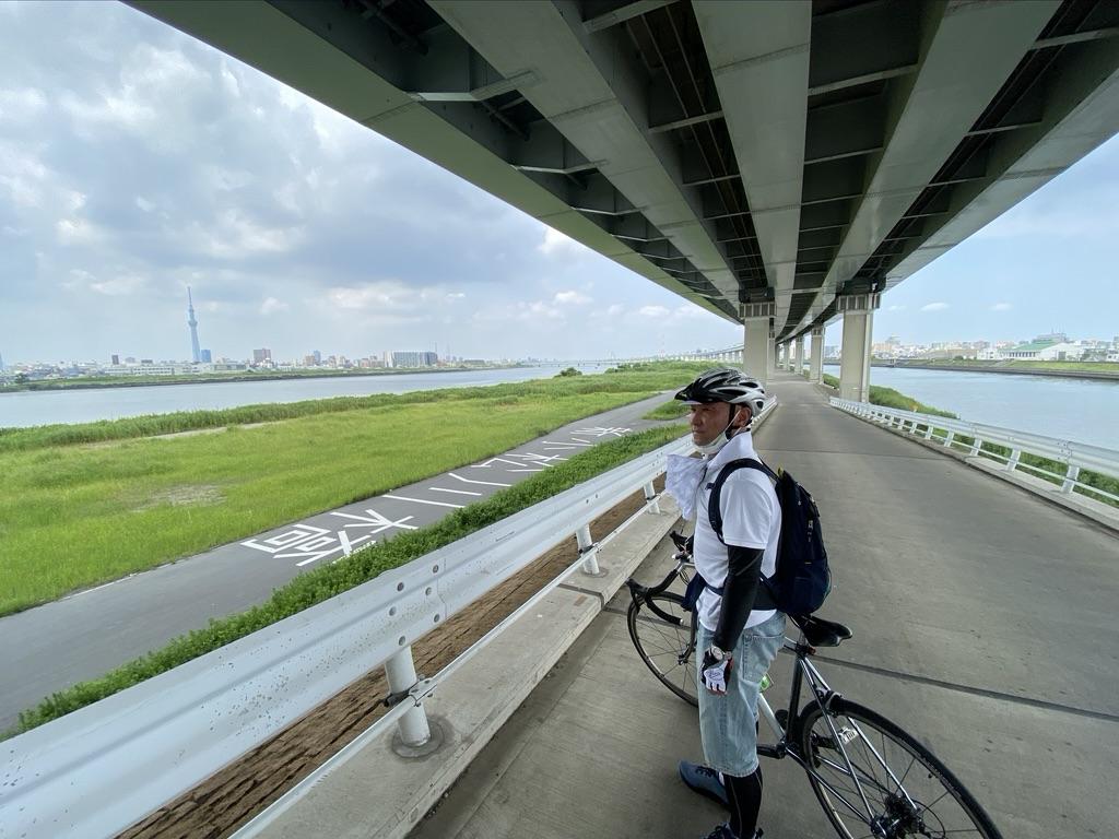 荒川サイクリングロード・新小松川橋